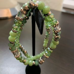 New!! Sassy & Stretchy Mint Green Bead Bracelet!